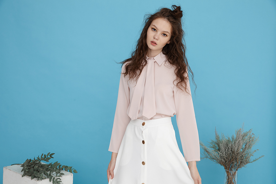 tie neck classic shirt in pink