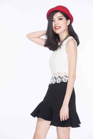 Marisa Asymmetrical trumpet skirt in Black