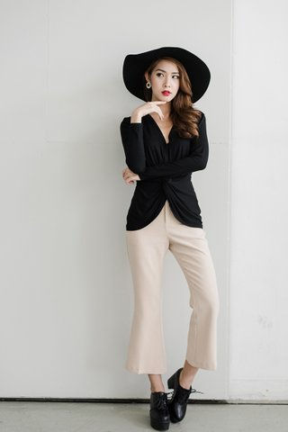 Clara Crop bell pants in nude
