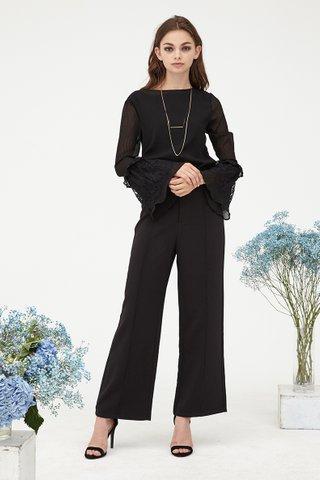 Lisa Lace bell sleeves top in black