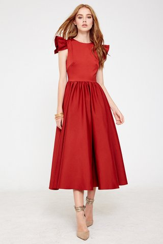 Odellia princess midi dress in Wine
