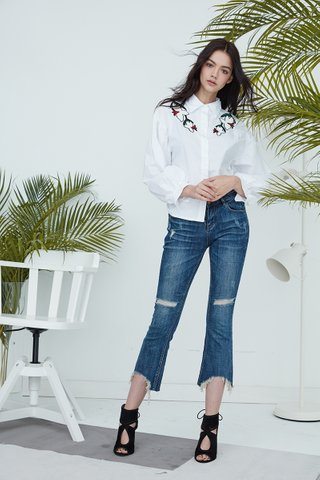 Alila Embroidery shoulder shirt in white