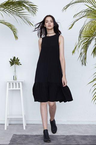 Heydi Dropwaist midi dress in Black